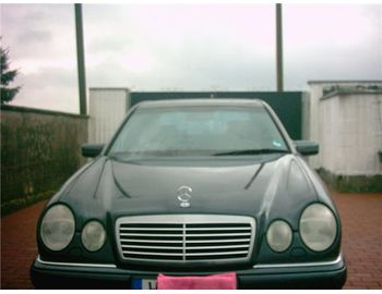 Mercedes-Benz E 230 Avantgarde