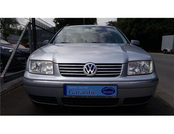 VW Bora Variant 1.6 Special/Navi/Klima/Euro-4/
